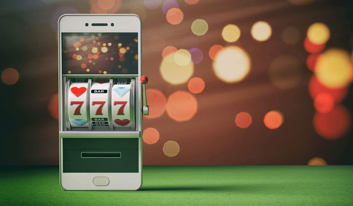 What makes the Starburst and Book of Dead slots so popular?